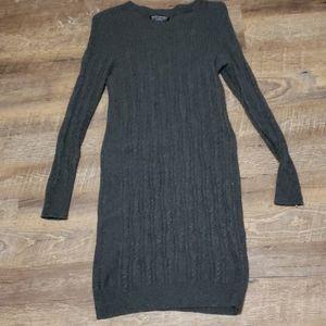 🔥2/25 Banana republic sweater dress